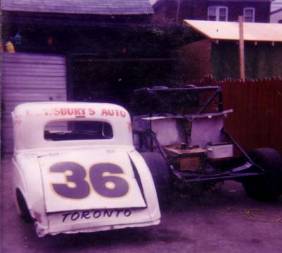 33 Ford<br />